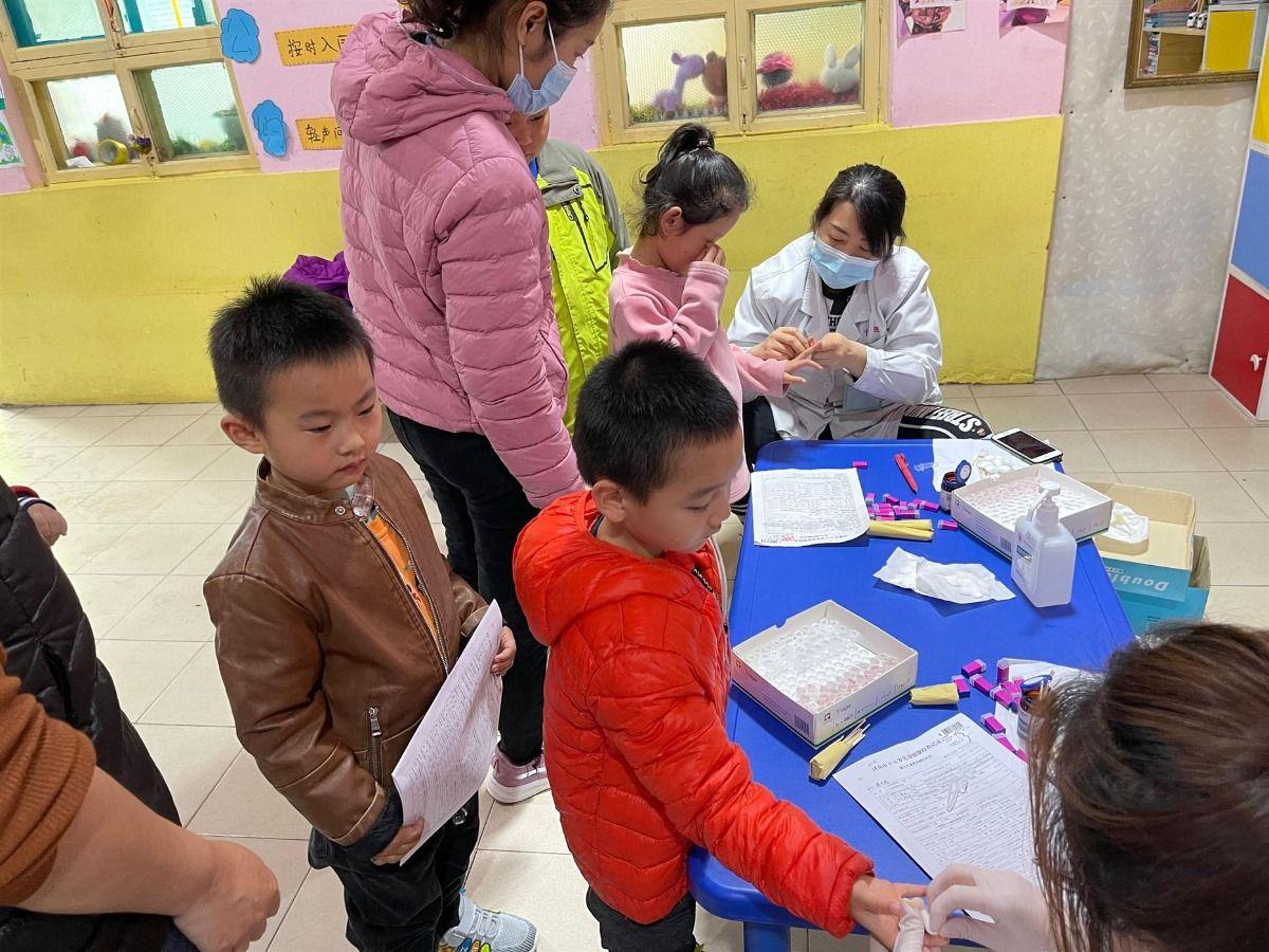儿童保健中心开展辖区内在园儿童健康体检工作